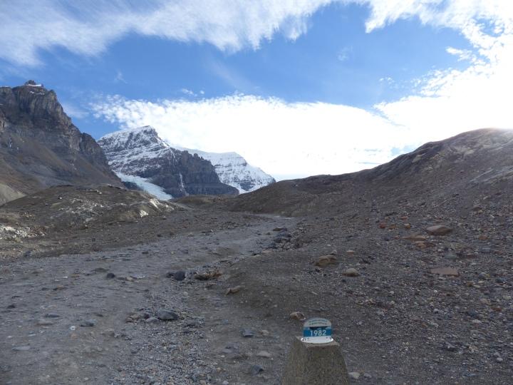 1982 glacier marker