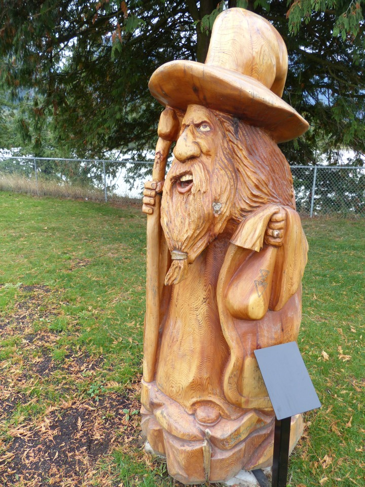 Hope chainsaw wood carving