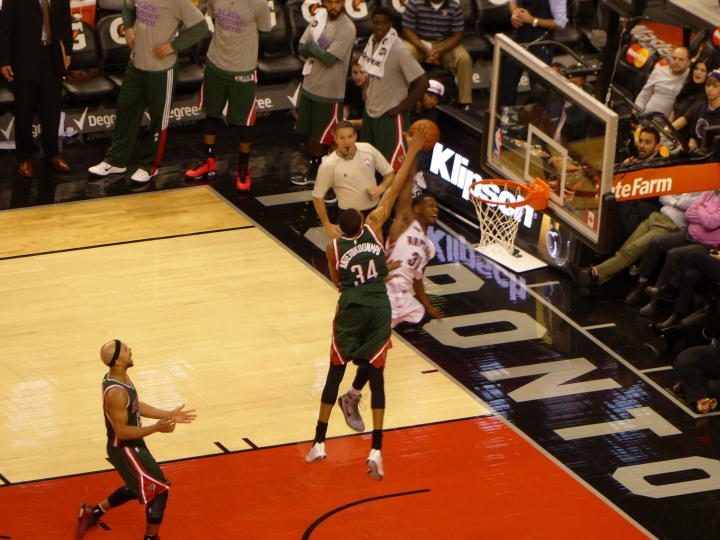 Toronto Raptors vs MIlwaukee Bucks