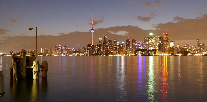Toronto Islands at night