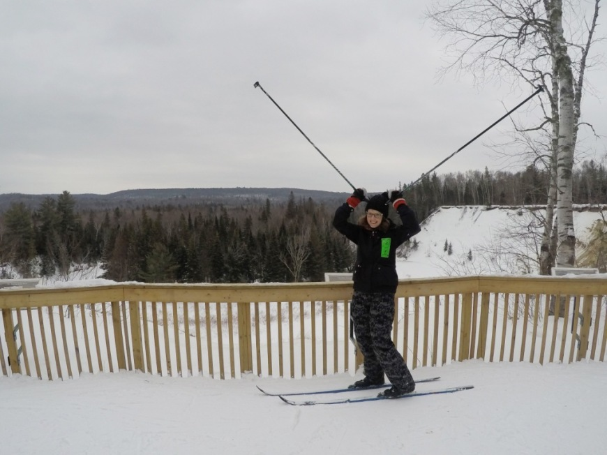 Arrowhead cross country skiing moose pose