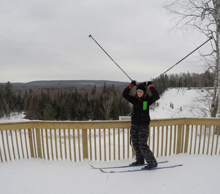 Arrowhead cross country skiing moose pose